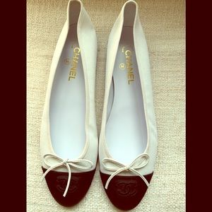 Chanel white and black fabric ballerinas size 42
